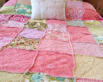 Twin Quilt // You CHooSE CoLoR/Style!! // Shabby Chic, Modern, Colorful Quilt