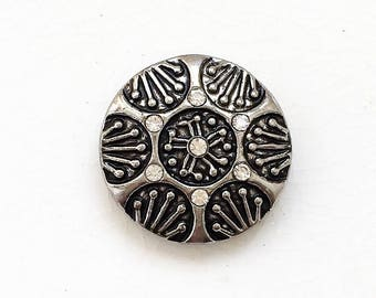 snap jewelry bold antiqued silver tone metal and colorless rhinestone 18mm snap charm