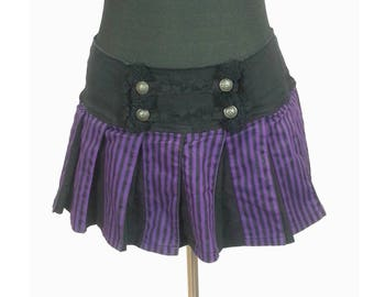 Striped Tripp Goth Mini Skirt - Size Large / black and purple gothic vertical stripes vintage 90s pleated punk alternative womens clothing