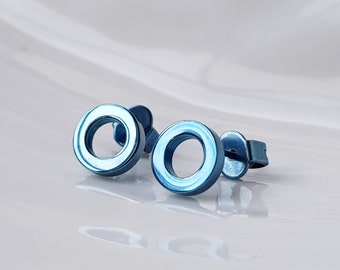 Titanium stud earrings light blue. Geometric titanium anodised skin safe studs. Allergy free earrings. Allergy free studs