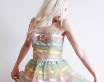 "1950s dress   pastel dream 50s prom dress   bombshell party dress   size s bust 34"" waist 26"""