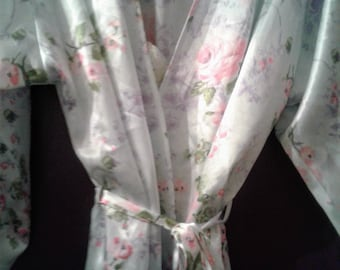 Retro Whispers Short Nightgown and Robe Set Size Medium