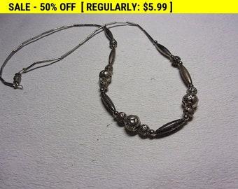 Silvertone flower bead necklace
