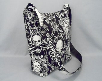 Pirate Skull and Crossbones Large Crossbody Bag with Pockets, Work School, Black White, Fabric Shoulder Bag, Canvas Liner