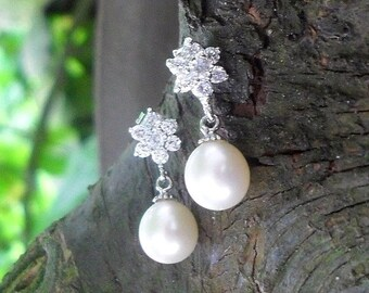 FRESHWATER PEARL EARRINGS, Sterling silver earstuds, genuine pearl earrings, natural drop pearls,  natural freshwater pearls, gift for women