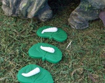miniature glow worms on leaves stepping stone set of 3 Fairy or gnome gardens