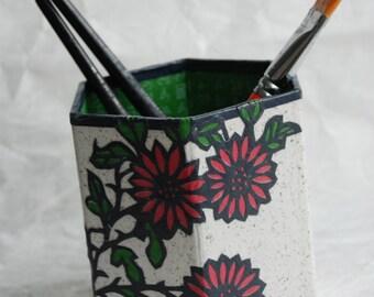 Flower Hanji Pen Holder Pencil Case Desktop Handmade Daisy White Hot Pink Green Floral Design Desk Organizer Pencil Container Pencil Tub