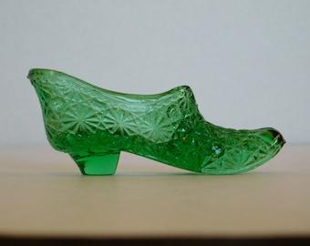 Vintage Green Slipper in Daisy Pattern