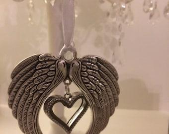Hanging Angel wing heart locket