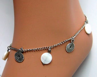 Silver tone and mother of Pearl N490 Anklet