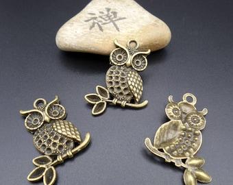 bronze metal 4 owls on branch charms/pendants 37 x 26 mm