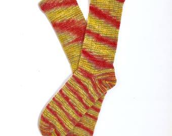 Handmade Wool Socks 425 -- Women's Size 10-12 or Men's Size 8-10