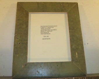SHABBY ARCHITECTURAL Chic Salvaged Recycled Wood Photo Picture Frame 8x10 S-323