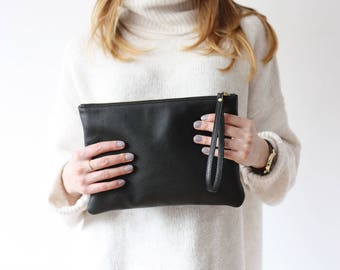 Leather Clutch w/ Wrist Strap - Black