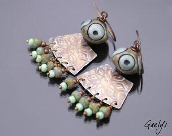 Walhy - Stud Earrings, Pearl ceramic raku celadon / grey, brass engraved charm Picasso - Bohemian chic - bo Gaelys