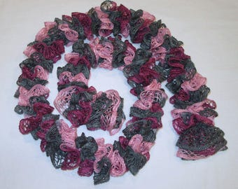 On Sale. Scarf In Mauve Pink and Gray.  Great gift for woman. Great gift for her. Very trendy.  Wonderful neck warmer.
