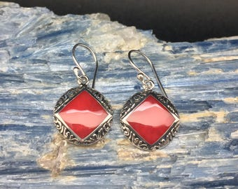 Red Shell Earrings // 925 Sterling Silver // Hypoallergenic // Hook Backing // Round Square Bali Setting