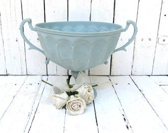 Centerpiece Bowl, Blue Bowl, Metal Bowl, Serving Piece, Blue Decor, Handled Bowl, Home Decor Bowl, Shabby and Chic, Cottage Kitchen Decor