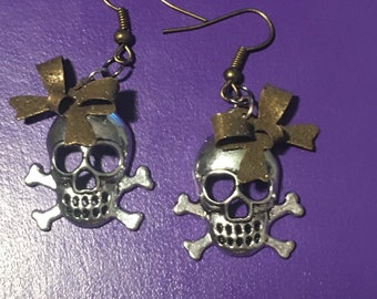 Skull and crossbone earrings with cute bow casual design handmade