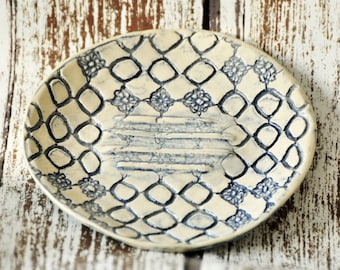 Round Stoneware Soap Dish, Circles, Lace Flowers Pattern, Textile, Delft Blue, Blue and White, Country home, Shabby Chic, Powder Room