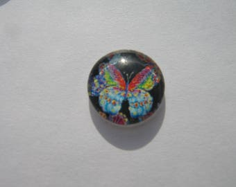 Cabochon 14 mm round domed with a multicolored butterfly image