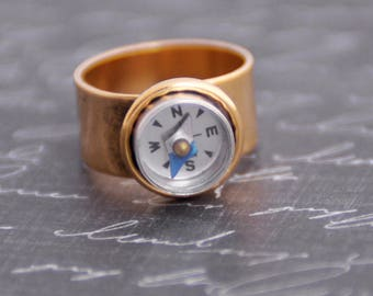 Gold Compass Ring, Working Compass, Steampunk Ring, Wearable Tech, Promise Ring, Industrial Gadget Geekery, Graduation Gift, Traveler Gift