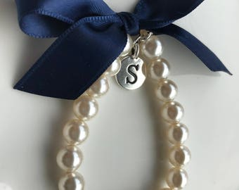 Girl's pearl bracelet with Navy blue ribbon and initial charm, Personalized Flower Girl Gift