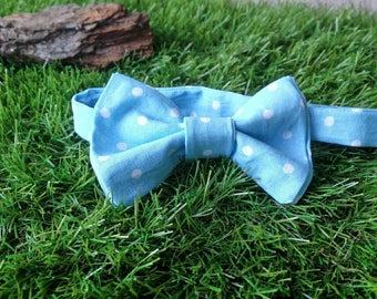 Bow Tie blue with white polka dots