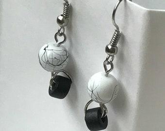 Marbled Earrings/Glass/White/Black Ceramic Wheel/Silver/Earrings