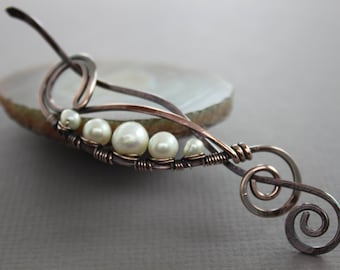 Shawl pin or scarf pin in peas in a pod design with copper and white pearls - Pearl pin - Cardigan clasp - Fibula - Hair slide - SP029