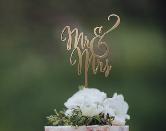 Wedding Cake Topper Mr and Mrs Rose Gold Rustic Wedding Cake Decorations for Wedding Personalized or Monogram Topper for Wedding