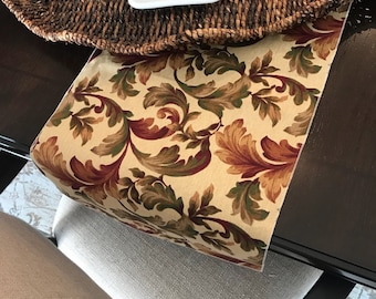 Thanksgiving Table Decor | Floral Table Runner | Rustic Table Runner | Fall Centerpiece | Rustic Fall Decor | Thanksgiving Table Decor