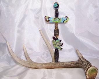 lampwork bead totem, artisan crafted beads, antler art, taxidermy art, novelty decor, glass sculpture, Julie VanEmber, turquoise green glass