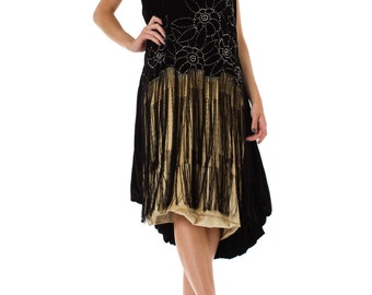 Very fine 1920s Velvet Dress with Fringe and Crystals  Size: L