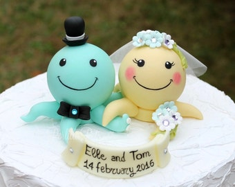 Custom wedding cake topper, octopus cake topper, personalized bride and groom, beach sea wedding