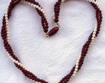 Vintage AVON Opulent Torsade Faux Pearl and Garnet Necklace