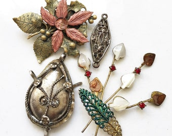 craft lot destash of distressed vintage jewelry components for repurposing repair//broken jewelry--mixed lot of 4 pcs