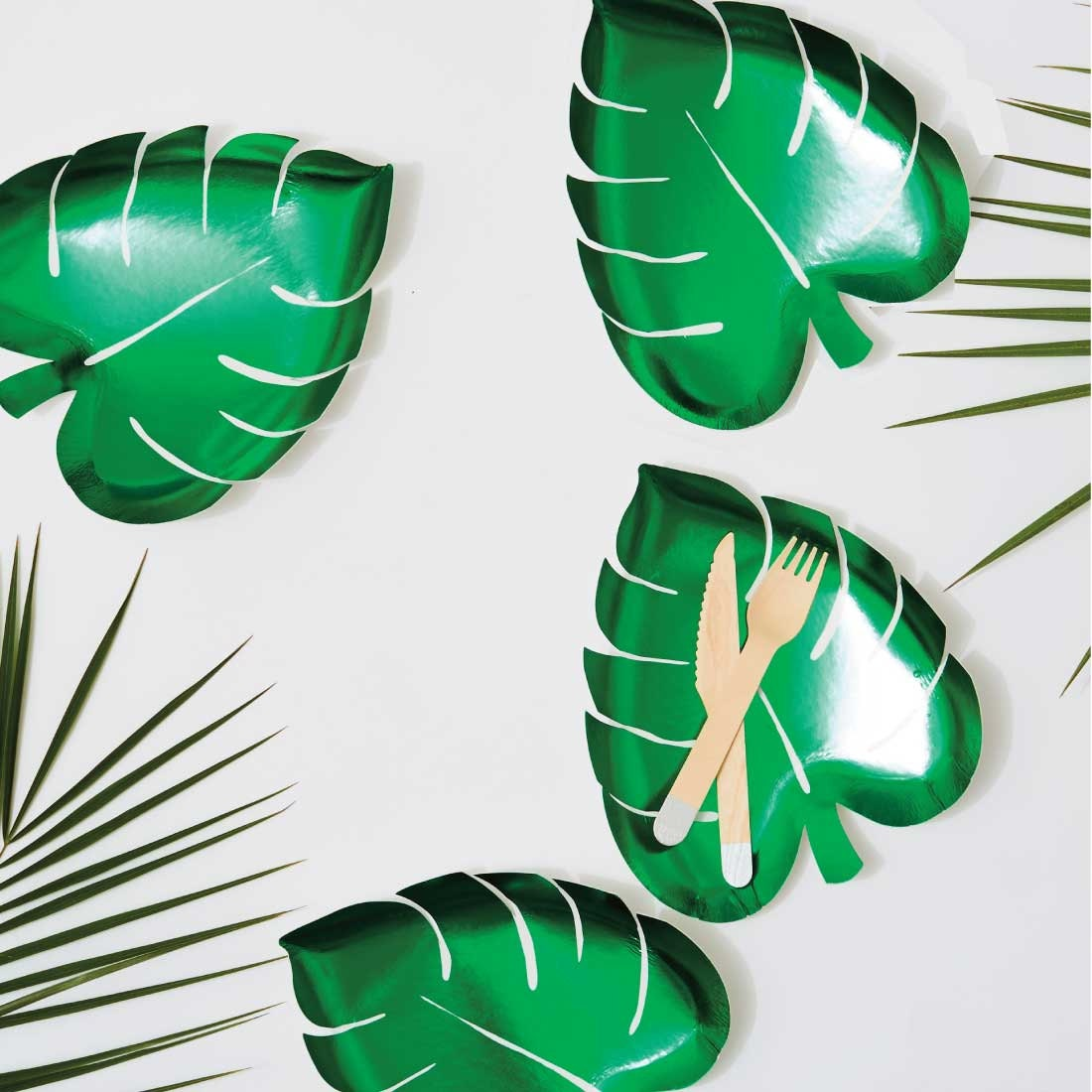 + $3.60 shipping  sc 1 st  Etsy Studio & Palm Leaf Paper Plates (set of 8) Meri Meri Green Foil Tropical ...