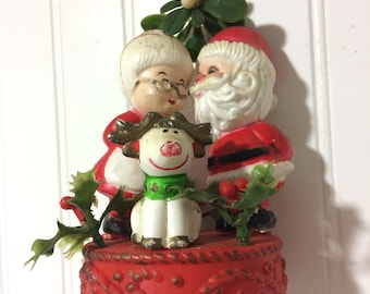 Vintage Mr and Mrs Claus Windchimes