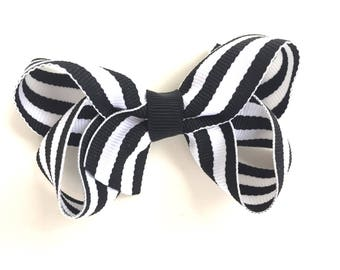 Black & white striped hair bow - hair bows, boutique bows, girls hair bows, toddler bows, hair bows for girls, baby bows, bows, pigtail bows