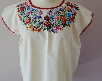 Mexican Embroidered blouse Oaxaca San Antonino simple cotton boho Frida Kahlo resort - Medium