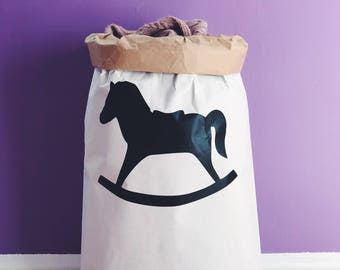 H o r s e  Eco paper bag, kids interior, storage of toys.