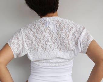 White Lace Bolero,Bridal Top Shrug, Shabby Chic Dress Cover, Romantic Wedding Jacket Lace Capelet