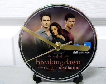 Twilight Breaking Dawn DVD Clock DIY Vampire Movie Decor (Disc 1)
