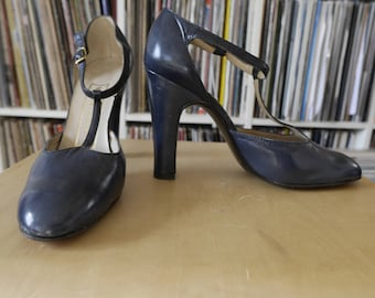 Gorgeous Mary jane - vintage - ASTURIA women shoes - blue leather - size 4 36.5 heels-
