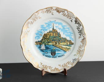 Assiette de collection Le Mont-Saint-Michel création M.P. France porcelaine Normandy