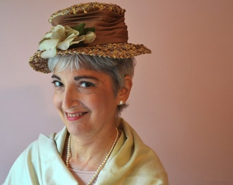 Rose Straw Boater Hat with Millinery Rose in Front. Eliza Doolittle. 1950's Vintage Hat.  Cellophane Straw.   - VA116