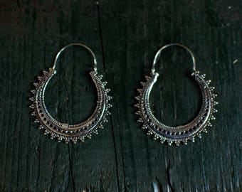 Silver boho earrings - medium