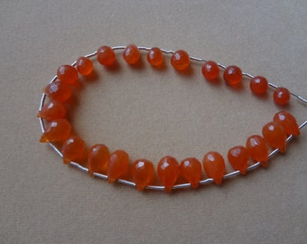 Carnelian Briolette faceted Dropes 6 to 8 mm 24 pcs AAA Quality