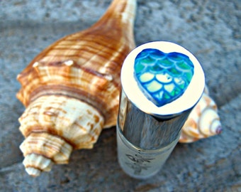 MAUI MERMAID PERFUME! Roll-on Perfume with notes of Water Lily, Lotus and Bergamot. Made in Hawaii. 1/6 fl oz (5 ml).